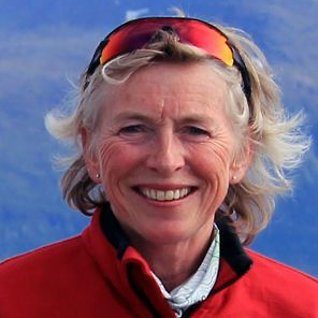 Første norske kvinnepå Mount Everest