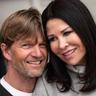 Skilte seg etter 22 år - så fant de tilbake til hverandre