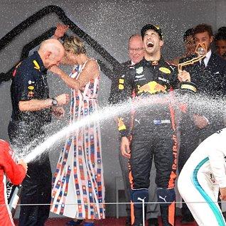 Glamour, champagne og Ferrari:Historien om Monaco Grand Prix