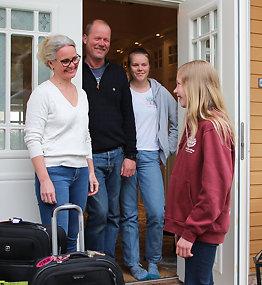 Skal jobbe for fred:Sofie (12) drar alene til USA
