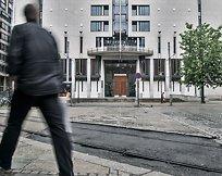 Siktelse: Advokat skulle få inntil 20.000 euroog bestikke politiet