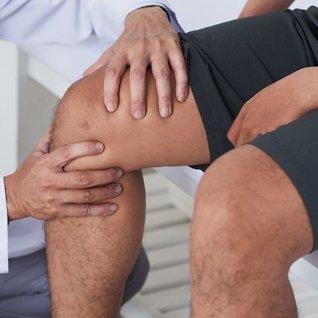 Tilfeldig om du får hjelp: 3 av 10 nordmenn vil slite med lang-varige smerter