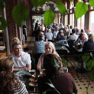 Restaurantanmeldelse: Beliggenheten er midt i blinken