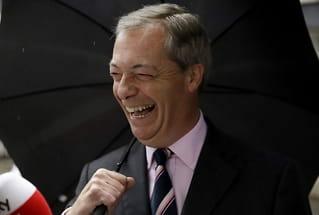 Nigel Farage: Boris Johnson snakker med Steve Bannon