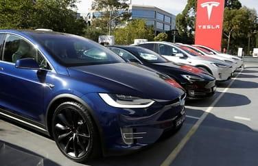 Tesla kutter sine billigste Model S og X
