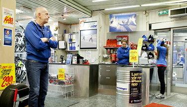 90 år gammel sports-butikk strammet innog snudde til pluss