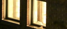 SISTE: Mann rømte fra arresten gjennom dette vinduet