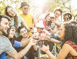 Professorens fem råd: Slik bryter duut av feriensdrikkemønster