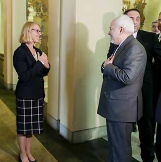 Irans utenriksminister:Ville ikke ta kvinner i hånden