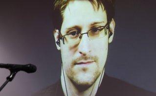 USA saksøker Snowden:Vil ikke han skaltjene på boksalg