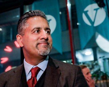 Islamsk Råd Norge støtter Raja: - Vi trenger politikere som tør å stå frem
